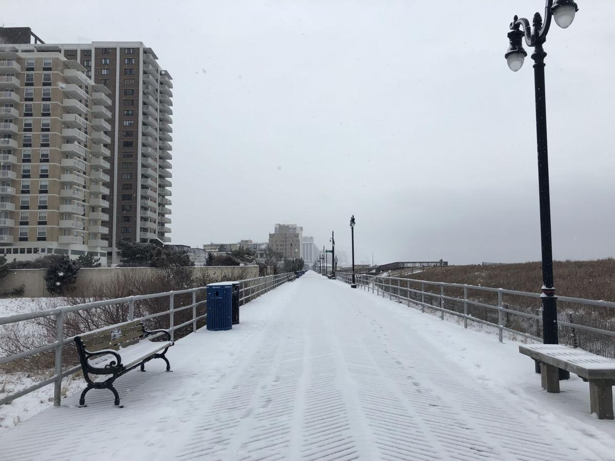 snow on atlantic city boardwalk (3)