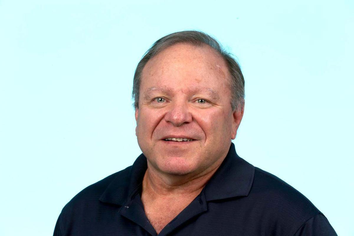 Dave Weinberg headshot mugshot