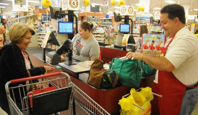 Galloway Absecon Shoprite Stores Dig Deep For Help Bag Hunger