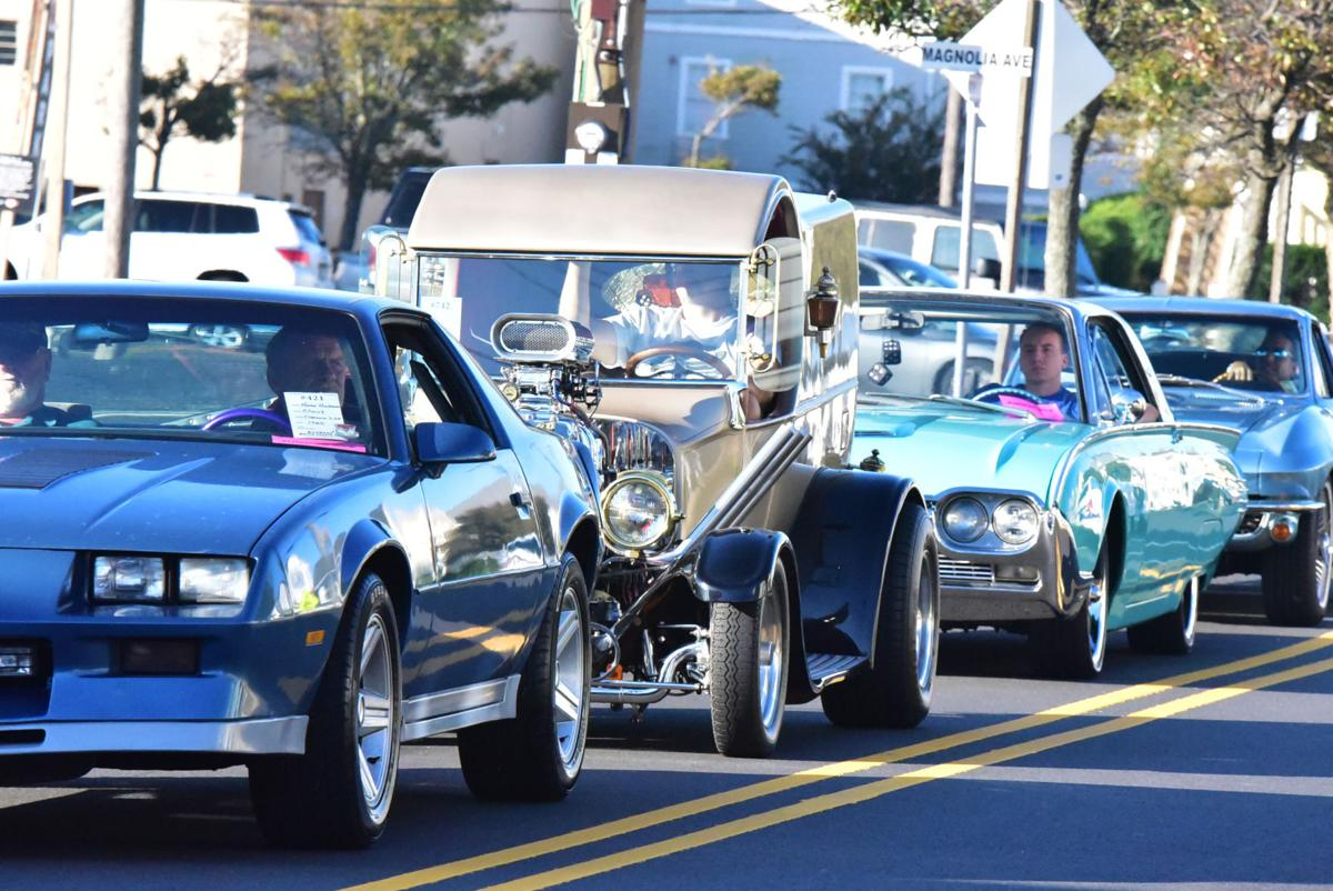 gallery classic cars lined up at the wildwood boardwalk car show photo galleries. Black Bedroom Furniture Sets. Home Design Ideas
