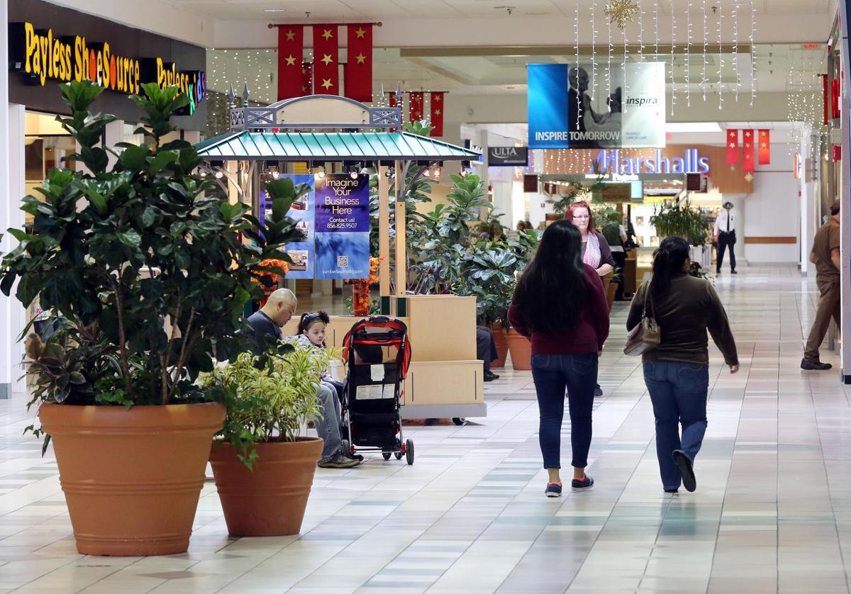 cumberland mall - photo #18