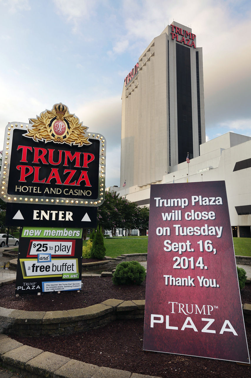 Trump plaza hotel and casino closing free casino chip no deposit