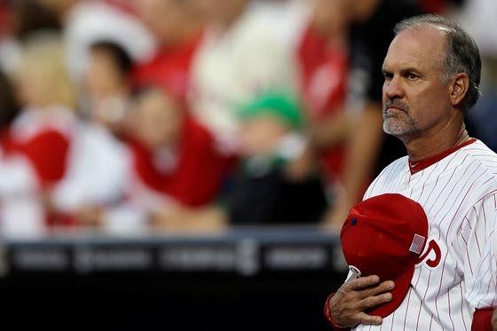 Phillies add Sandberg to Manuel's staff