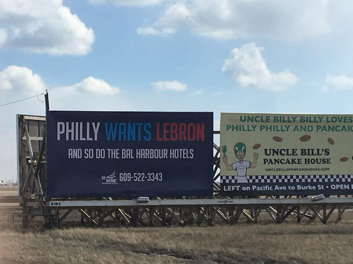 Bilboard signals passion for Philly sports