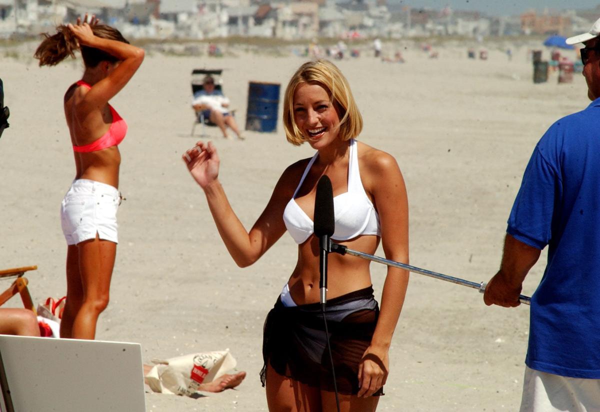 Jennifer eichler bikini