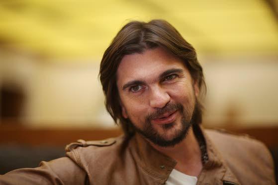 Colombian superstar Juanes writes 1st book