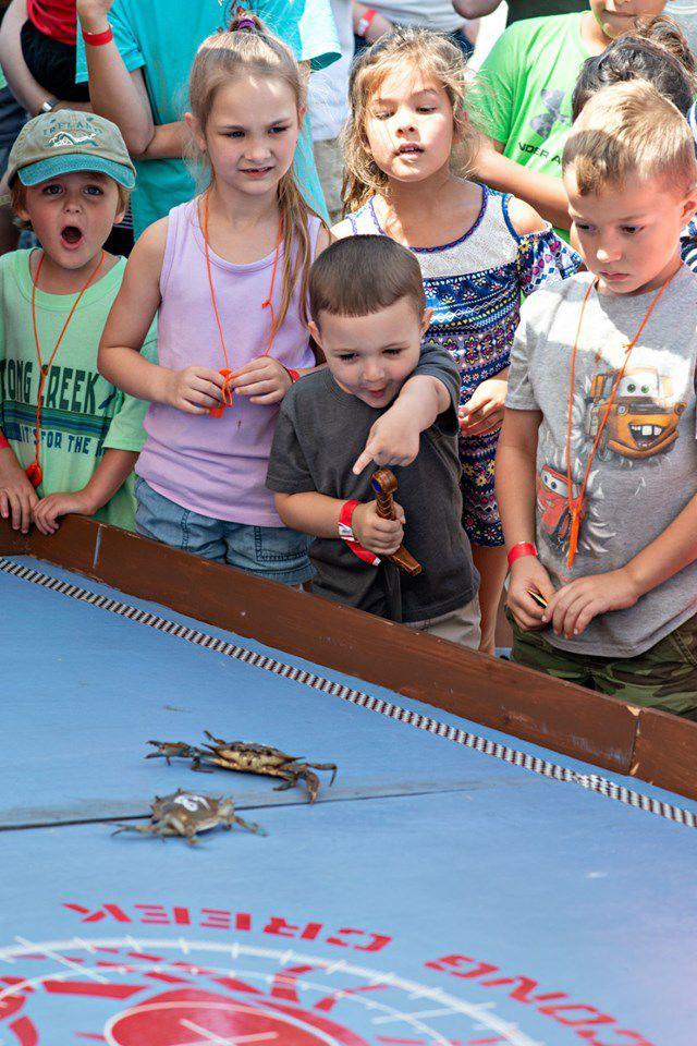 070419_reg_lns_crabbing kids