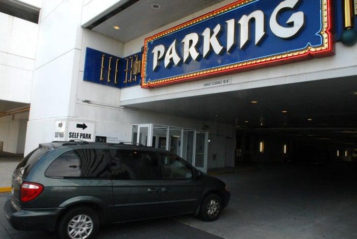 casino parking icon
