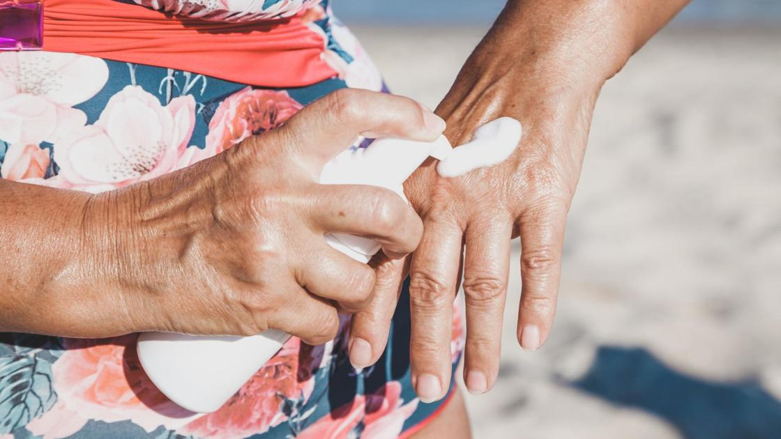 How to safely avoid sunburn in the age of coronavirus