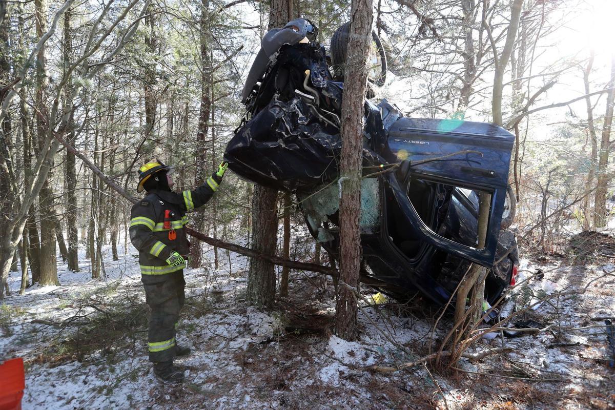 Vehicle crash in woods