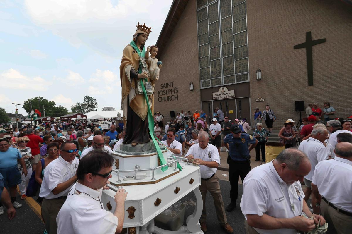 Procession of 143rd of Our Lady of Mount Carmel