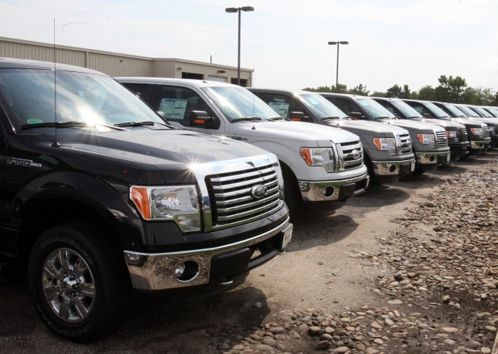 the american automakers, general motors, ford and chrysler essay It's the year of the pickup truck at the 2018 north american international auto show in detroit as general motors, fiat chrysler and ford unveil new trucks in a fast-growing and highly competitive .