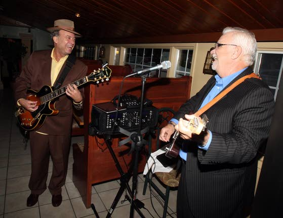 A Touch of Italy presents side of entertainment for patrons