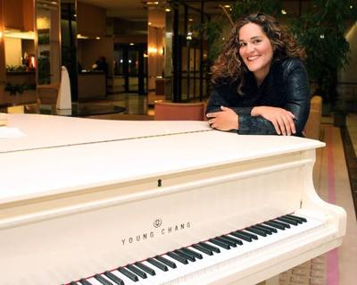 Ventnor musician turns to fans to fund her next CD