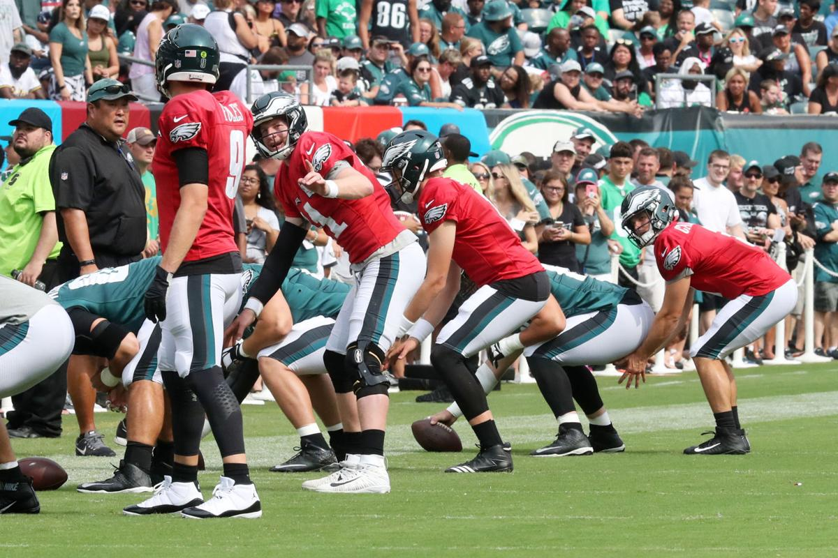 656913efeff GALLERY: Philadelphia Eagles second open practice at Lincoln ...