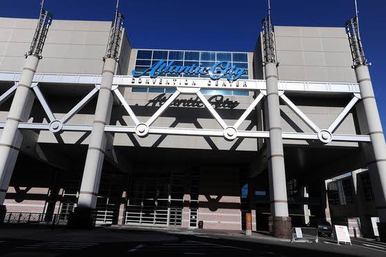 Harrah's plan will hurt Convention Center