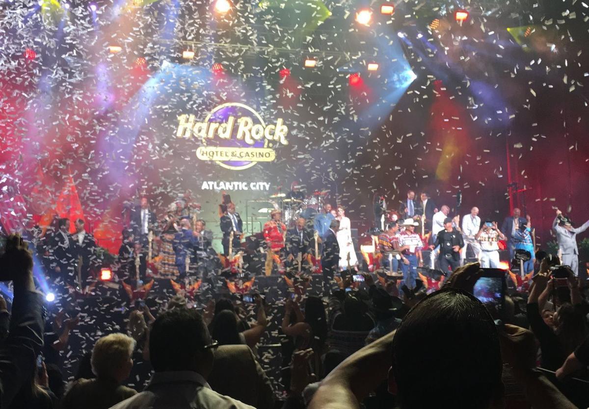 Hard Rock confetti