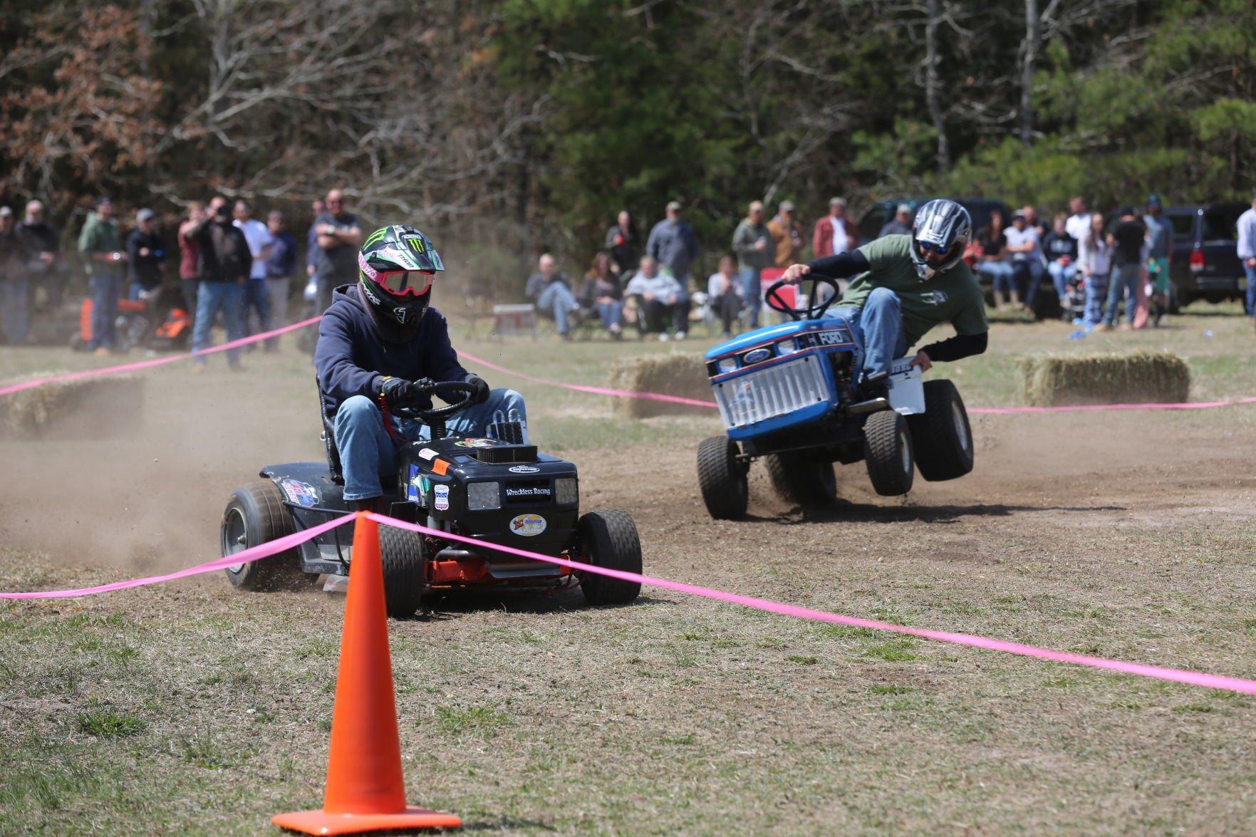 Lawn Mower Racing Makes A Comeback In Ocean County Latest Headlines Pressofatlanticcity Com