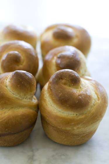 Traditional challah taste in a fast-bake format