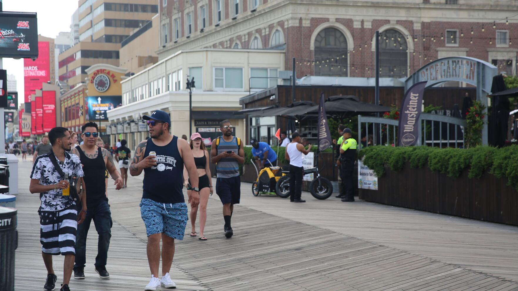 Atlantic City bars say open container law helped through pandemic
