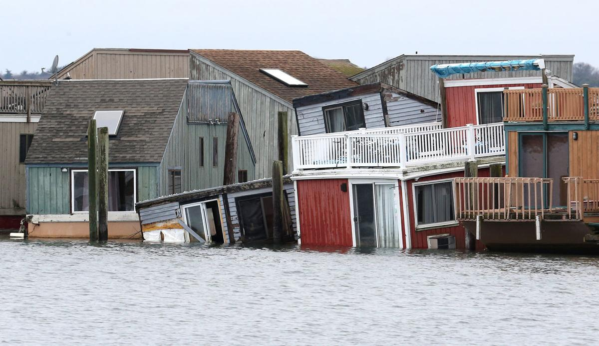 Eht Marina S Long Trail Of Troubles Sinks Houseboats And
