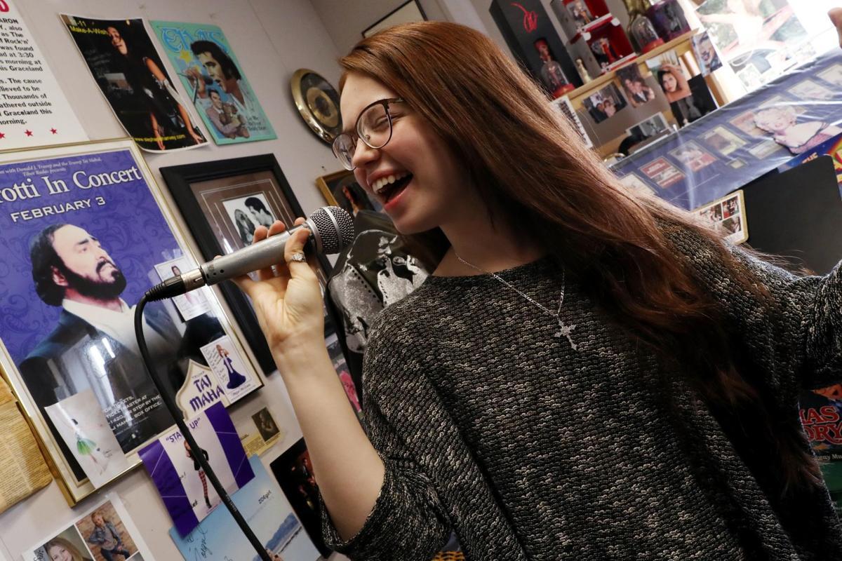 """Mara Justine gets ready for """"American Idol"""""""