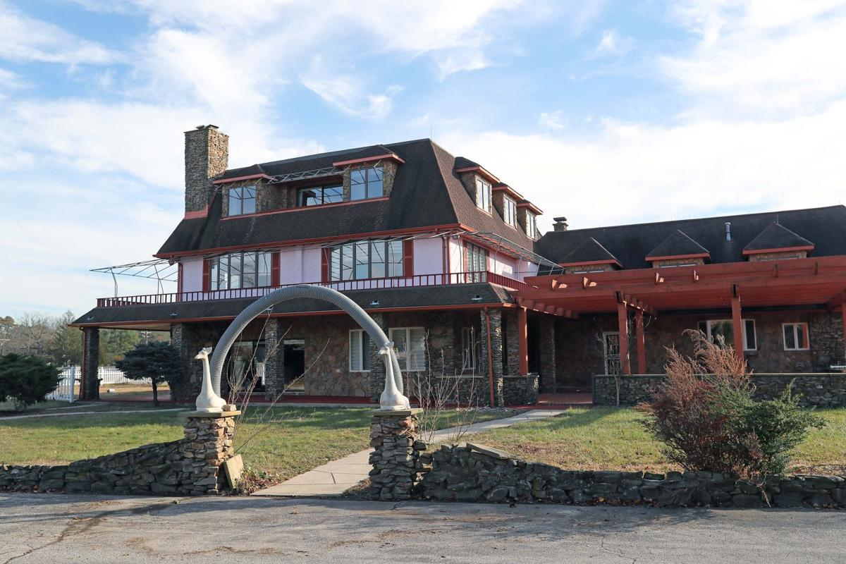 Auction has 54-acre estate for sale in Bass River