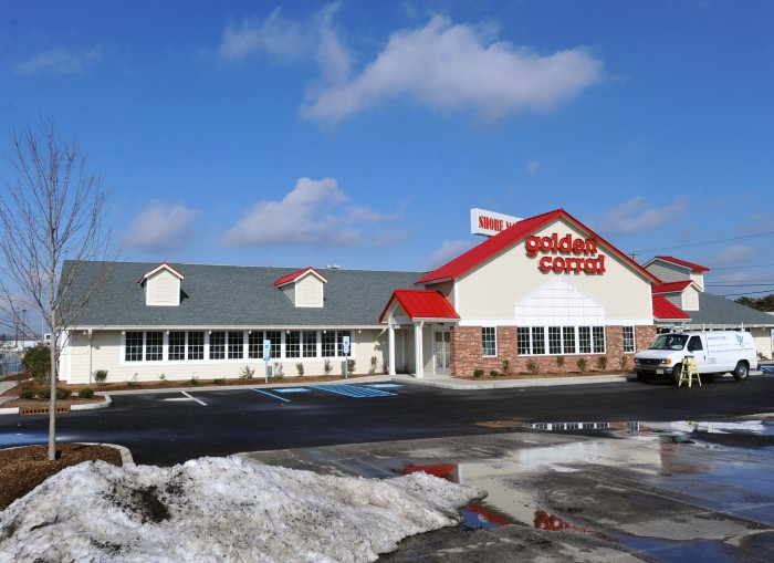 15 reviews of Golden Corral