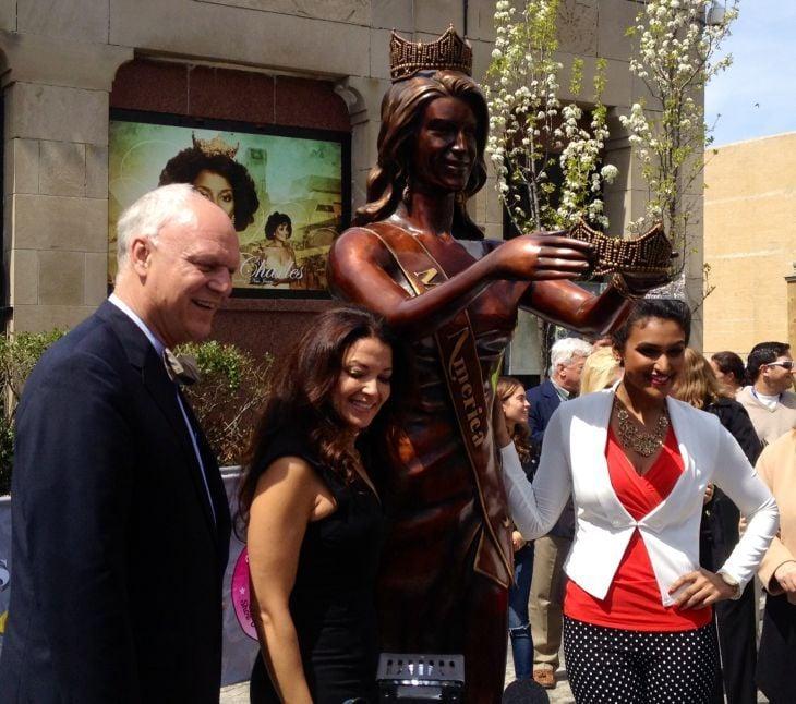 Miss America statue