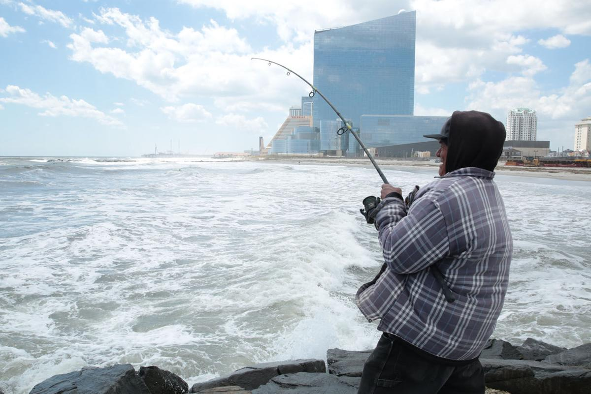 Gallery photos of the week from south jersey photo for Blue fishing nj