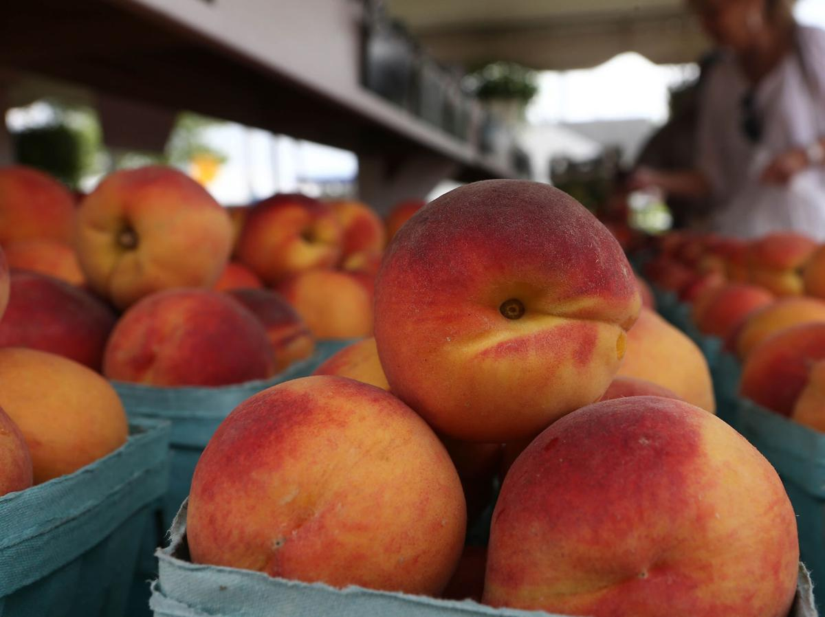 Peaches from Ron's Garden farm stand