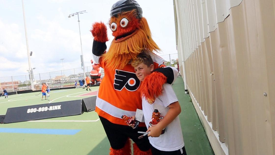 Flyers mascot Gritty under investigation for assaulting teen
