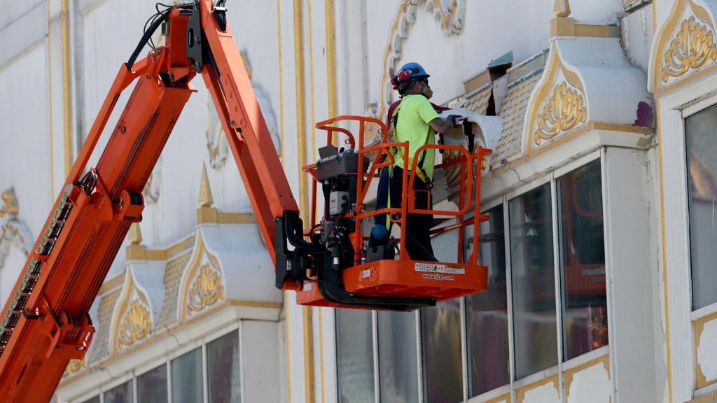 Work starts on the outside of Trump Taj Mahal