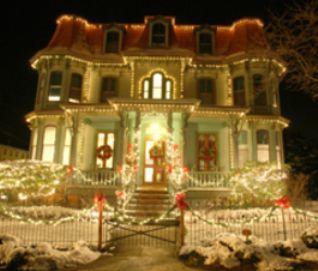 CHRISTMAS CANDLELIGHT HOUSE TOUR
