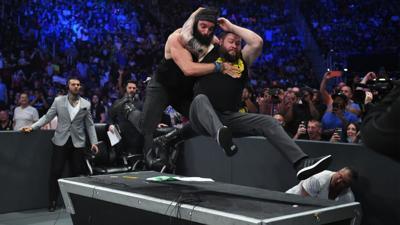 WWE Owens Elias