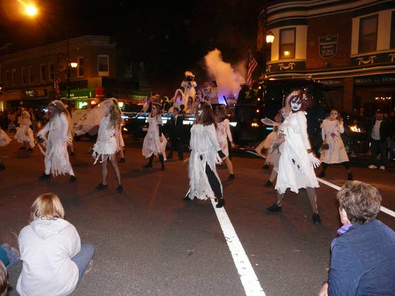 Halloween parade in Hammonton heads our list of things to do At The Shore Today