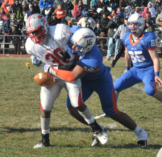 Millville beats Vineland with big plays, school record