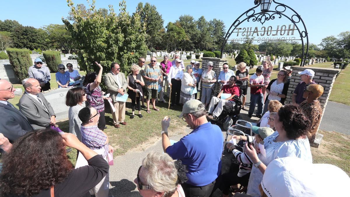 Holocaust Survivors Memorial Service