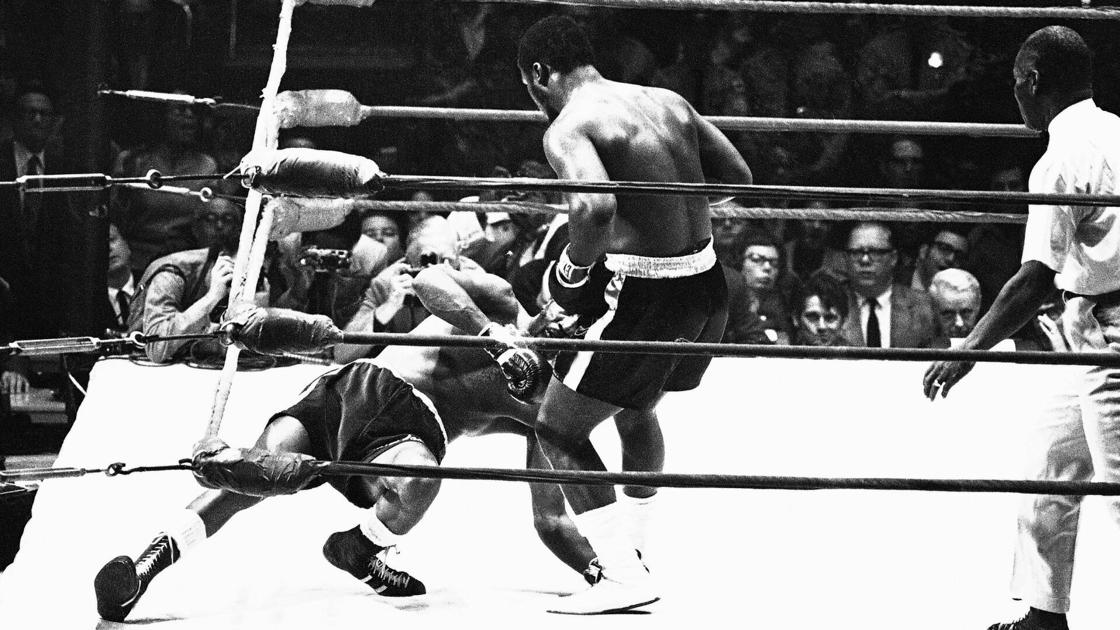 Today in sports history: Joe Frazier KOs Bob Foster to retain world heavyweight title in 1970
