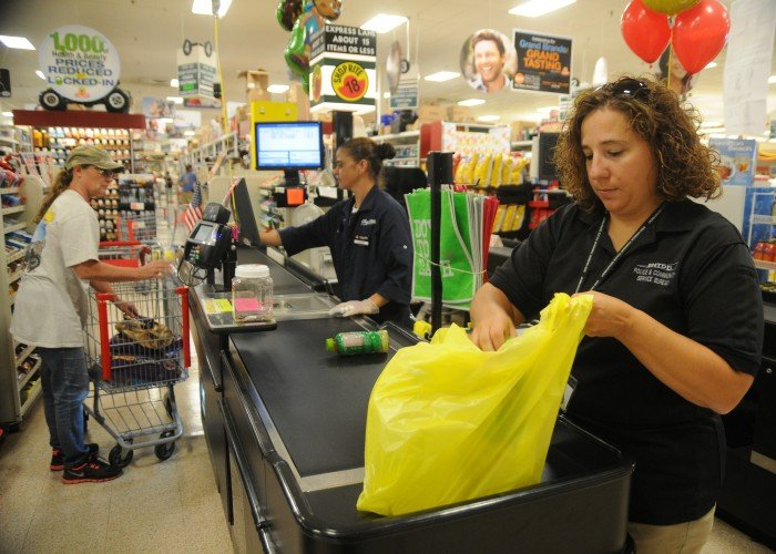 Shoprite In Egg Harbor Township Makes Strides To Help Bag Hunger