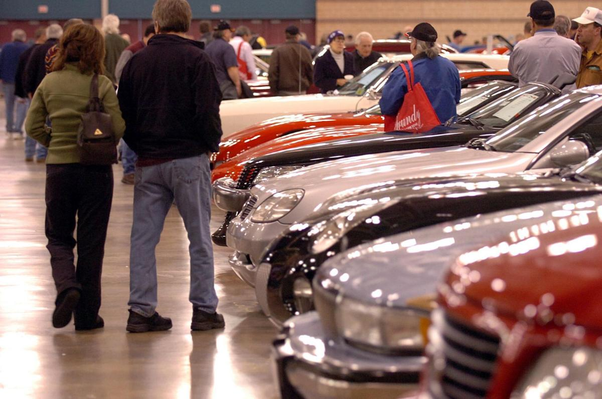 car auction and show