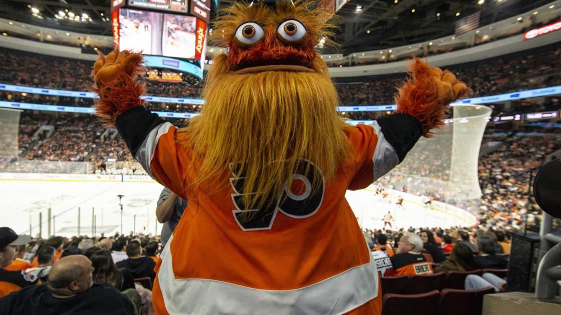Gritty gets Netflix's 'Queer Eye' treatment