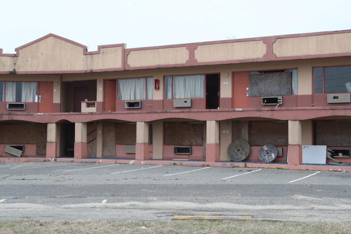 041019_nws_motel