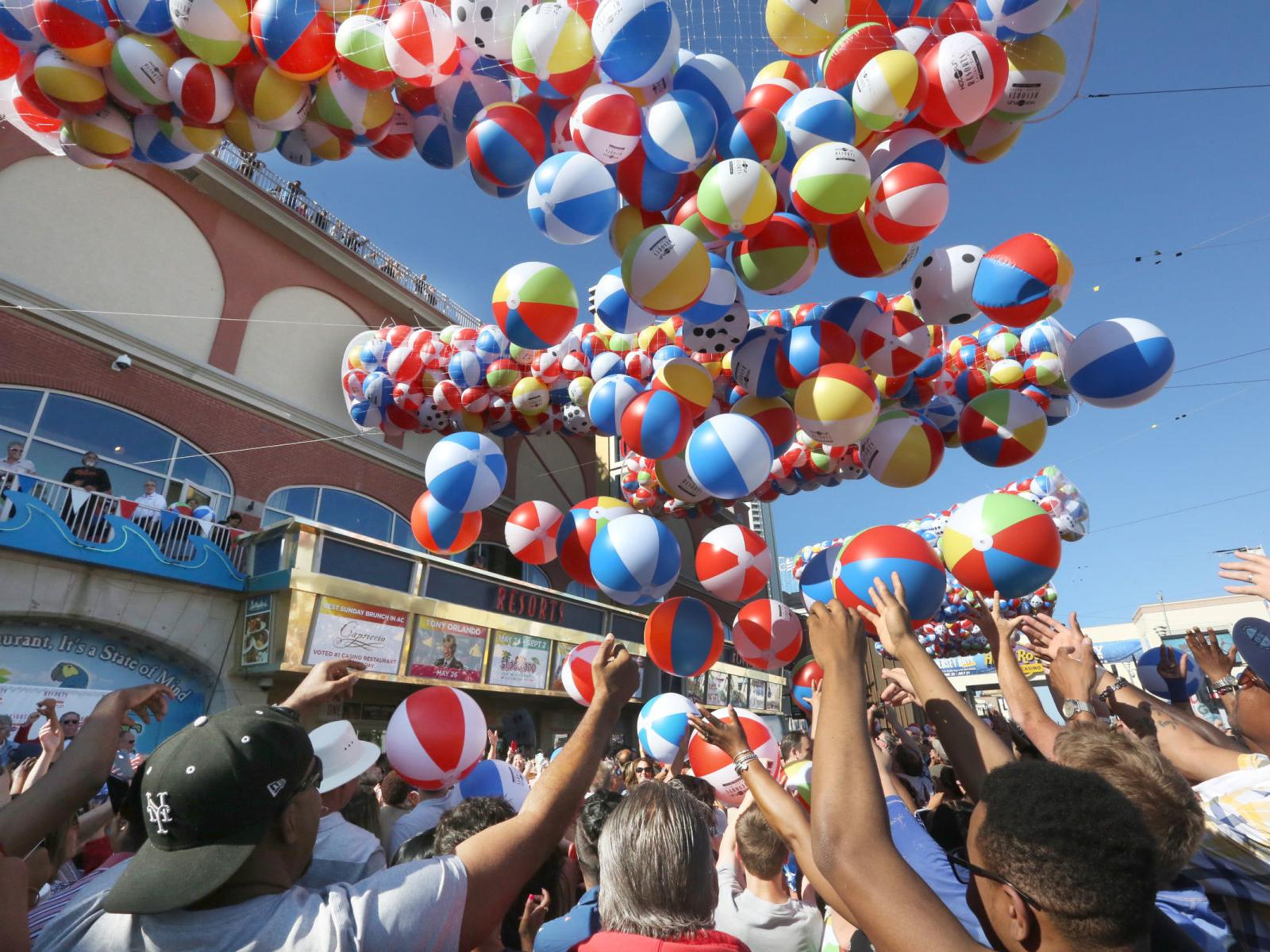 PHOTOS from the beach ball drop at Resorts in Atlantic City