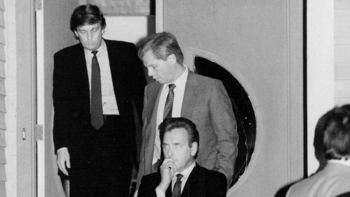Trump, crash kills executives
