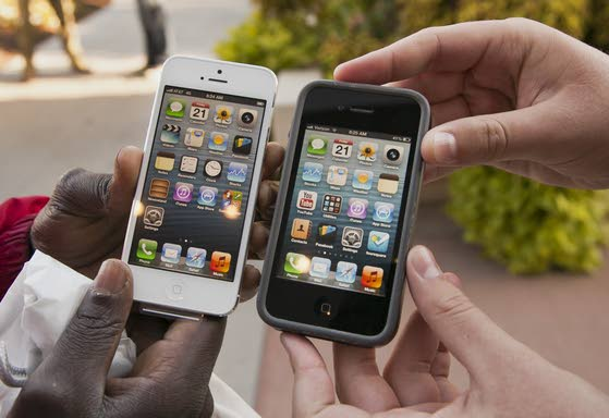 Technology review: iPhone evolves into a jewel-like '5'