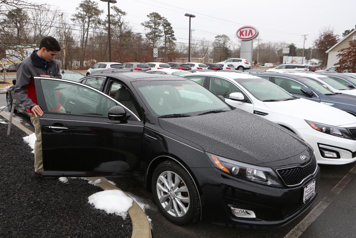 Auto Sales Up Even As Temperatures Down Money