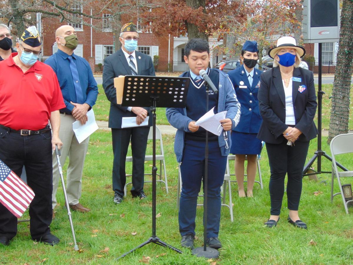 HAM veterans day 227a 1112-2.JPG