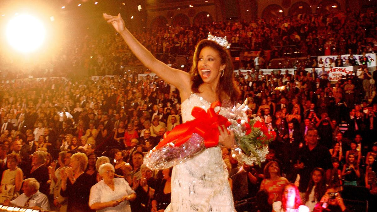 A look back at Miss America in 2002