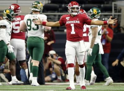 What Does Eagles Pick Of Jalen Hurts Mean For Carson Wentz